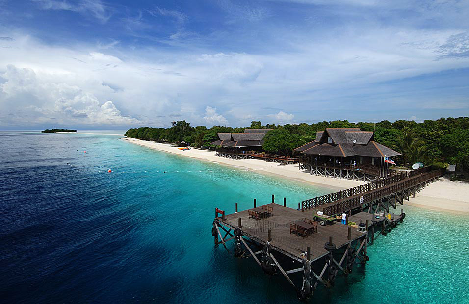 how to get to sipadan island